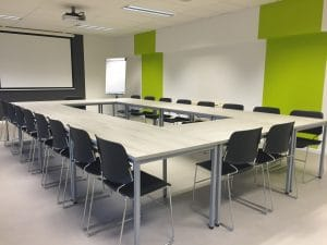Meeting room round table layout